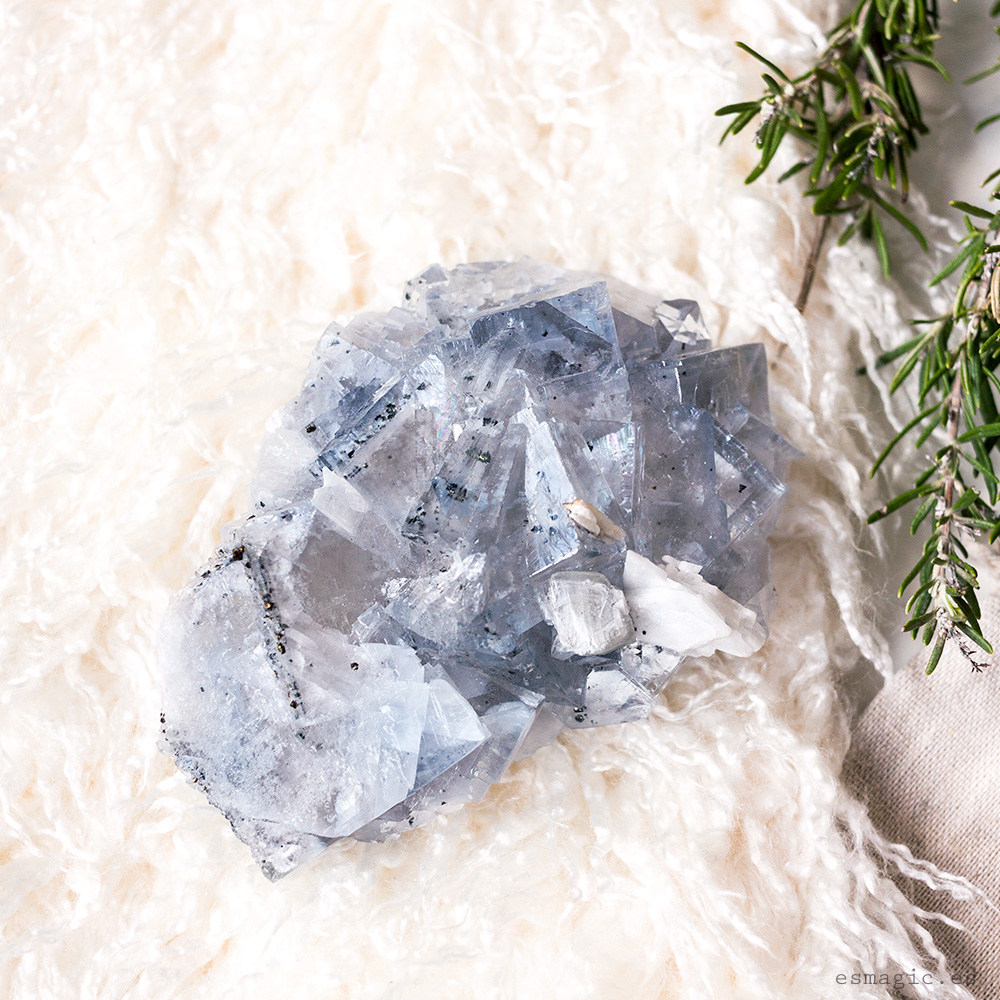 Fluorita-mineral-drusa-esmagic-crystal-shop18
