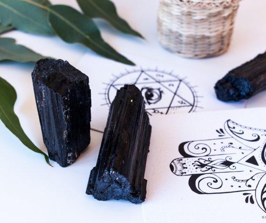 Turmalina chorlo. Esmagic Blog Minerales Crystal Shop